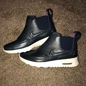 low priced c9965 0ecd4 Nike Shoes - WOMENS SIZE 7 NIKE AIR MAX THEA MID SHOES